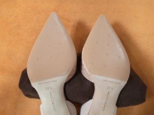 マノロ・ブラニク靴底補強後2