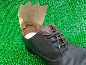 靴の内側革取り付け後
