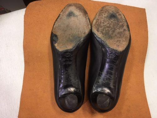 シャネル靴底修理前