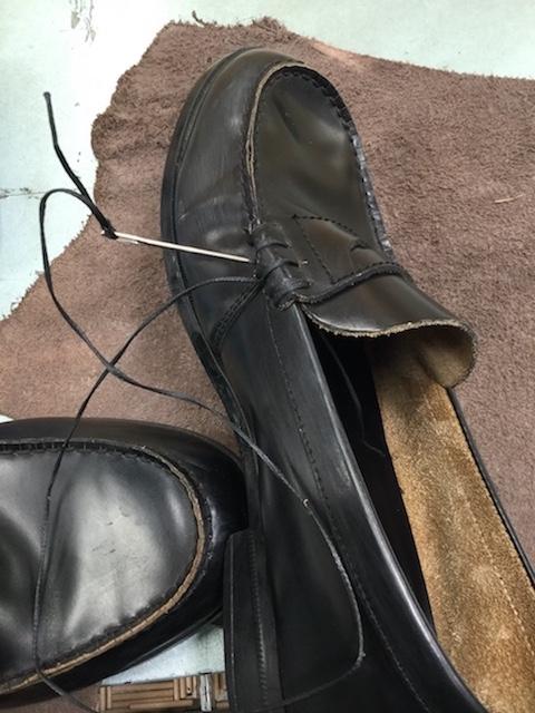 学生靴ほつれ修理前3