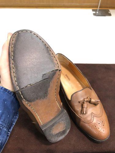 リーガル靴底割れ修理前